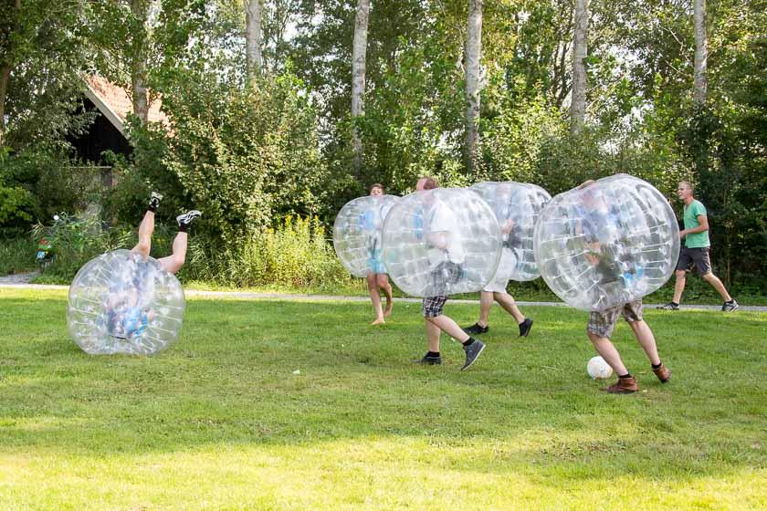 bubble voetbal & handboogschieten